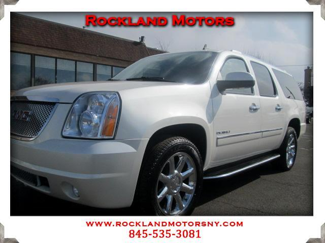 2010 GMC Yukon Denali DISCLAIMER We make every effort to present information that is accurate Howe