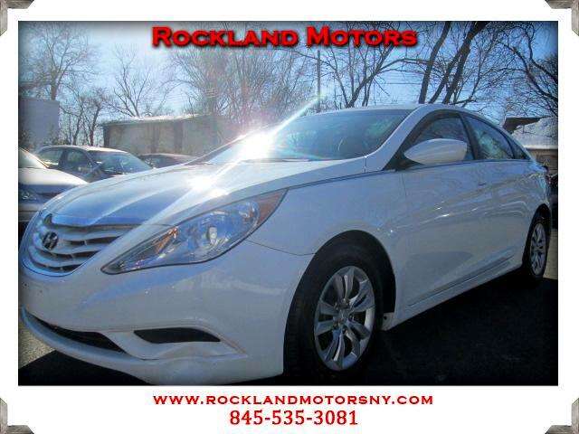 2011 Hyundai Sonata DISCLAIMER We make every effort to present information that is accurate Howeve