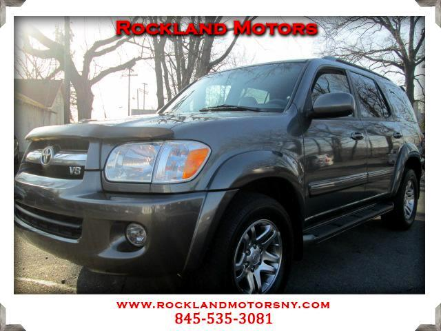 2005 Toyota Sequoia DISCLAIMER We make every effort to present information that is accurate Howeve