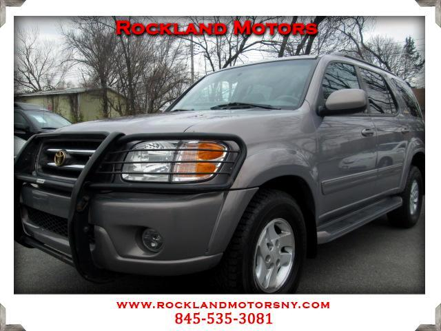 2001 Toyota Sequoia DISCLAIMER We make every effort to present information that is accurate Howeve