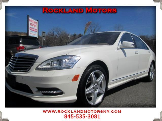 2011 Mercedes S-Class DISCLAIMER We make every effort to present information that is accurate Howe