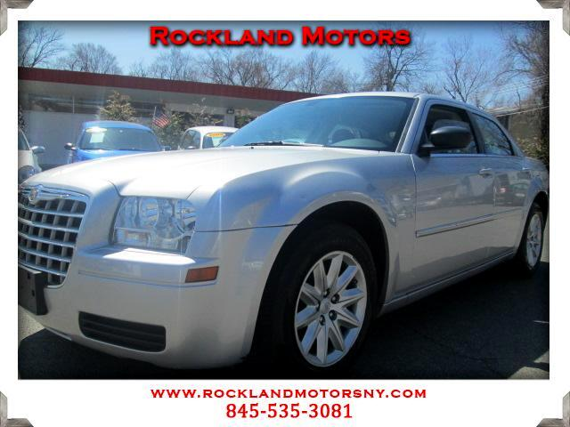 2008 Chrysler 300 DISCLAIMER We make every effort to present information that is accurate However