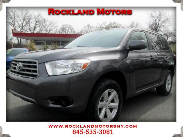 2010 Toyota Highlander DISCLAIMER We make every effort to present information that is accurate How