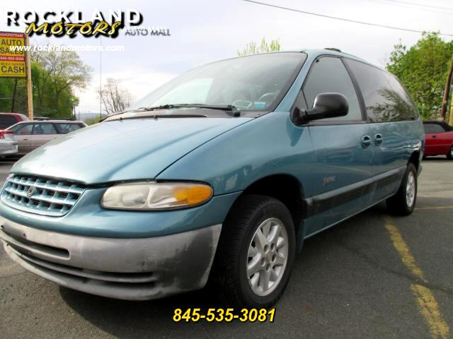 1999 Plymouth Grand Voyager DISCLAIMER We make every effort to present information that is accurat