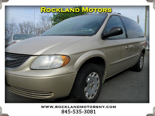2001 Chrysler Town  Country DISCLAIMER We make every effort to present information that is accura