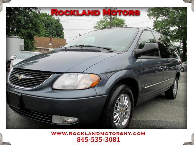 2002 Chrysler Town  Country DISCLAIMER We make every effort to present information that is accurat