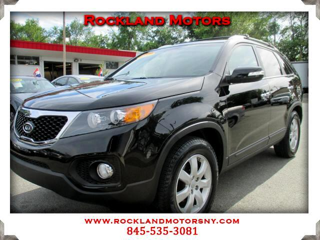 2013 Kia Sorento DISCLAIMER We make every effort to present information that is accurate However i