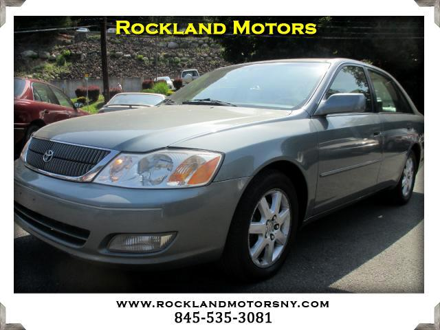 2000 Toyota Avalon DISCLAIMER We make every effort to present information that is accurate Howeve