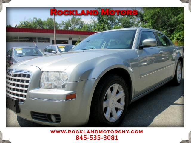 2005 Chrysler 300 DISCLAIMER We make every effort to present information that is accurate However