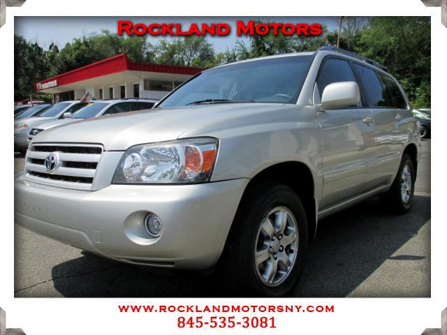2004 Toyota Highlander DISCLAIMER We make every effort to present information that is accurate How