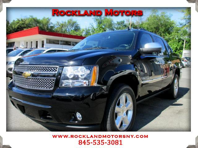 2012 Chevrolet Avalanche DISCLAIMER We make every effort to present information that is accurate H