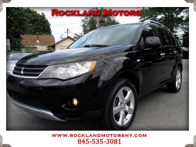 2007 Mitsubishi Outlander DISCLAIMER We make every effort to present information that is accurate