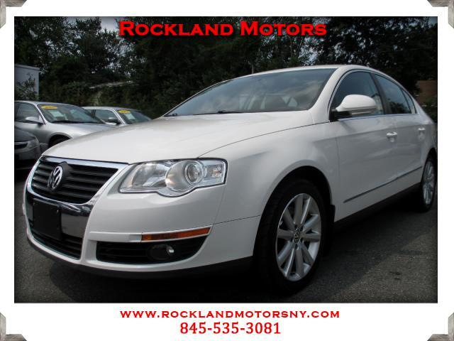 2010 Volkswagen Passat DISCLAIMER We make every effort to present information that is accurate How