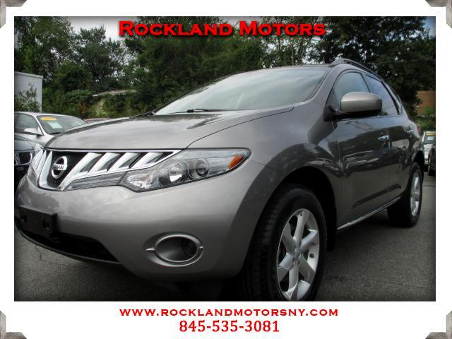 2009 Nissan Murano DISCLAIMER We make every effort to present information that is accurate However