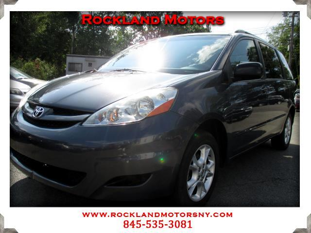 2006 Toyota Sienna DISCLAIMER We make every effort to present information that is accurate However