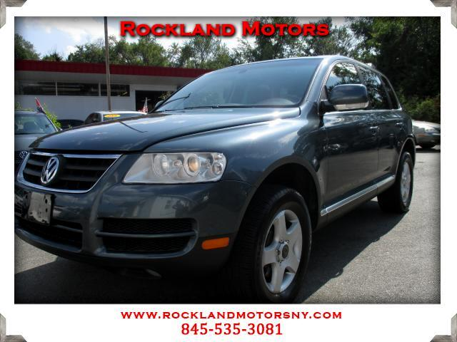 2006 Volkswagen Touareg DISCLAIMER We make every effort to present information that is accurate Ho