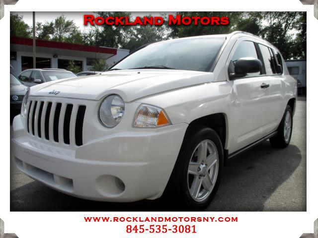 2007 Jeep Compass DISCLAIMER We make every effort to present information that is accurate However