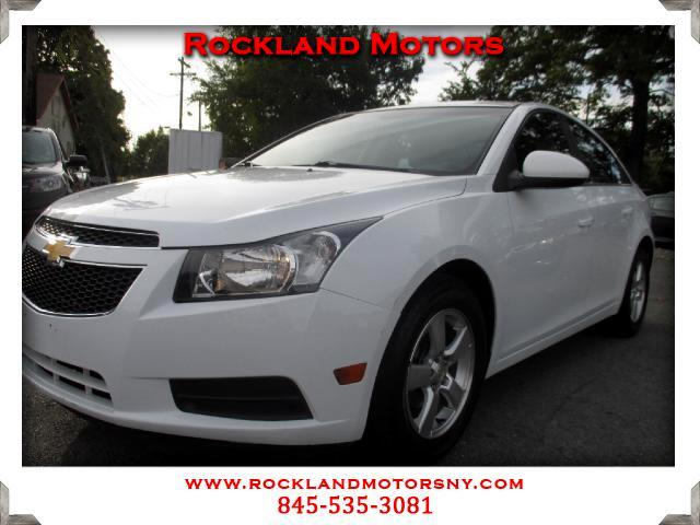 2011 Chevrolet Cruze DISCLAIMER We make every effort to present information that is accurate Howev