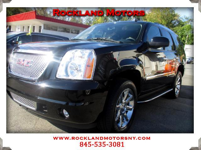2011 GMC Yukon Denali DISCLAIMER We make every effort to present information that is accurate Howe