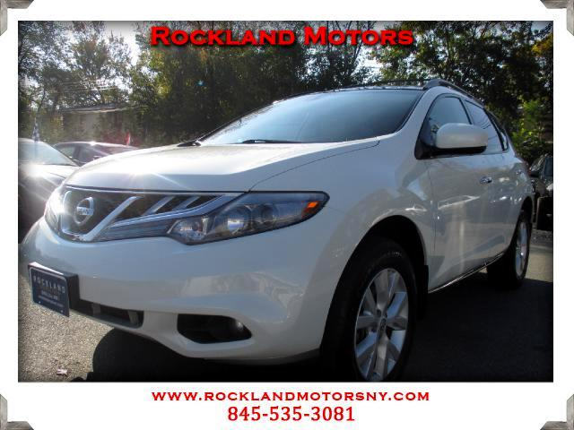 2011 Nissan Murano DISCLAIMER We make every effort to present information that is accurate However