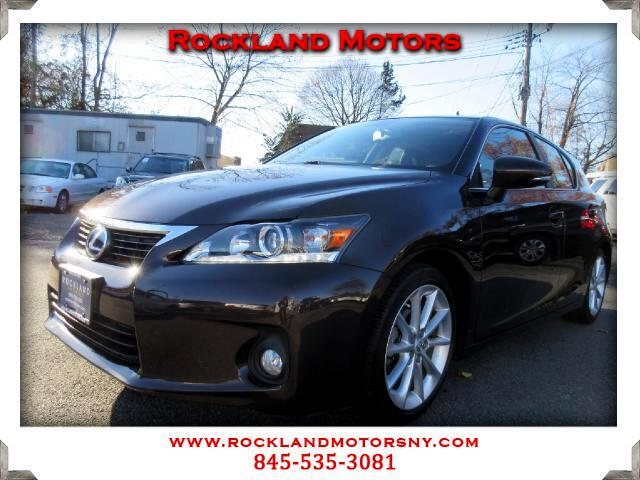 2012 Lexus CT 200h DISCLAIMER We make every effort to present information that is accurate However