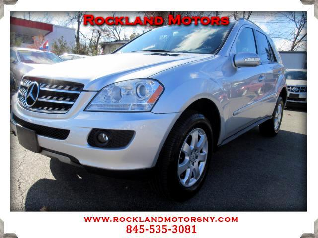 2007 Mercedes M-Class DISCLAIMER We make every effort to present information that is accurate Howe