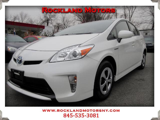 2014 Toyota Prius DISCLAIMER We make every effort to present information that is accurate However