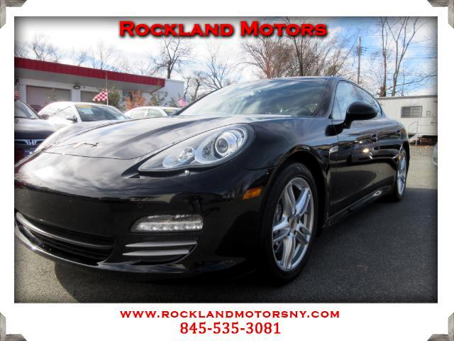 2012 Porsche Panamera DISCLAIMER We make every effort to present information that is accurate Howe