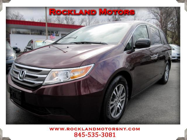 2011 Honda Odyssey DISCLAIMER We make every effort to present information that