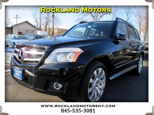 2010 Mercedes GLK-Class DISCLAIMER We make every effort to present information that is accurate H