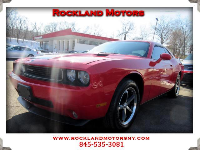 2010 Dodge Challenger DISCLAIMER We make every effort to present information that is accurate Howe