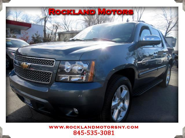 2008 Chevrolet Avalanche DISCLAIMER We make every effort to present information that is accurate