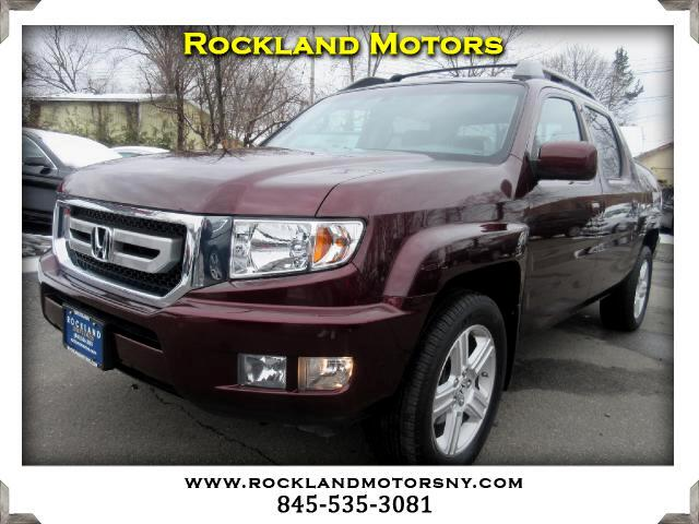 2011 Honda Ridgeline DISCLAIMER We make every effort to present information that is accurate Howe