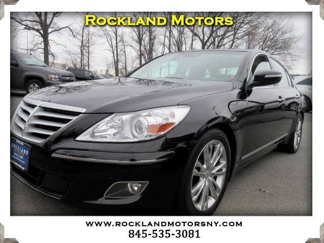 2011 Hyundai Genesis DISCLAIMER We make every effort to present information that is accurate Howe