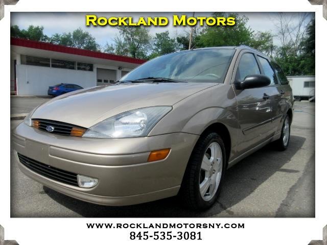 2003 Ford Focus Wagon DISCLAIMER We make every effort to present information that is accurate How