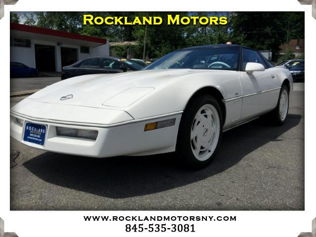 1988 Chevrolet Corvette DISCLAIMER We make every effort to present information that is accurate H