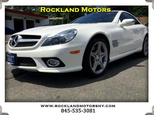 2012 Mercedes SL-Class DISCLAIMER We make every effort to present information that is accurate Ho