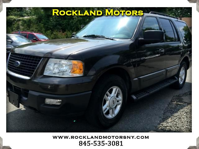 2005 Ford Expedition DISCLAIMER We make every effort to present information that is accurate Howe