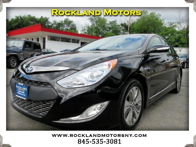 2015 Hyundai Sonata Hybrid DISCLAIMER We make every effort to present information that is accurate