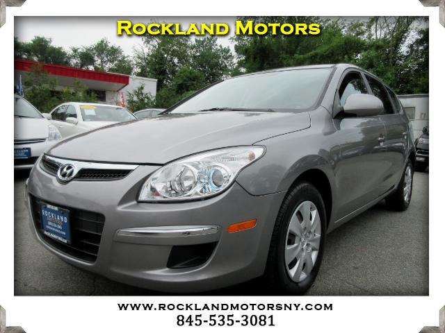2011 Hyundai Elantra Touring DISCLAIMER We make every effort to present information that is accura