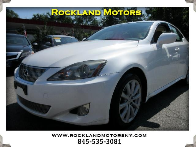 2007 Lexus IS DISCLAIMER We make every effort to present information that is accurate However it