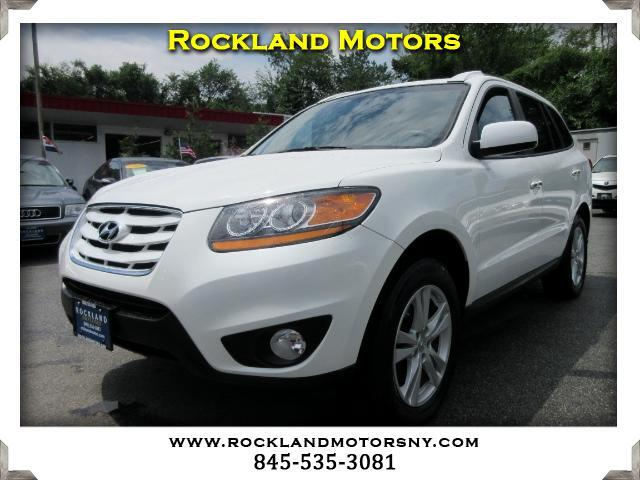 2010 Hyundai Santa Fe DISCLAIMER We make every effort to present information that is accurate How