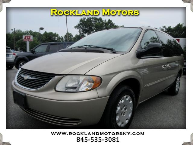 2003 Chrysler Town  Country DISCLAIMER We make every effort to present information that is accura