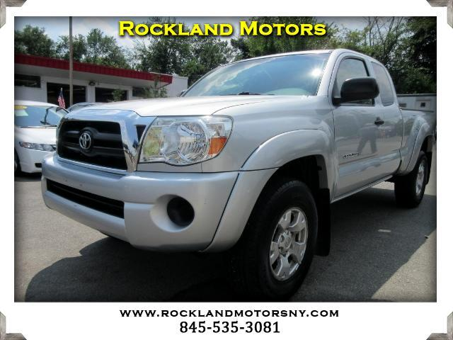 2008 Toyota Tacoma DISCLAIMER We make every effort to present information that is accurate Howeve