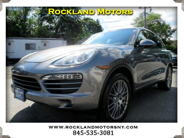 2013 Porsche Cayenne DISCLAIMER We make every effort to present information that is accurate Howe