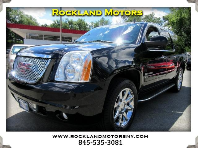 2009 GMC Yukon Denali DISCLAIMER We make every effort to present information that is accurate How