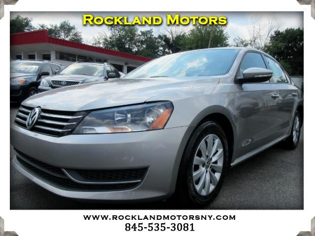 2012 Volkswagen Passat DISCLAIMER We make every effort to present information that is accurate Ho