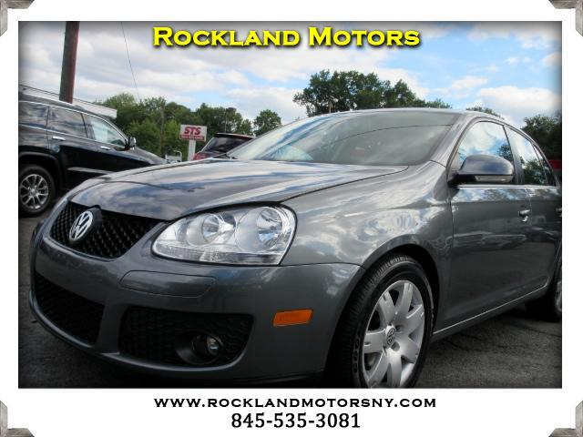 2010 Volkswagen Jetta DISCLAIMER We make every effort to present information that is accurate How