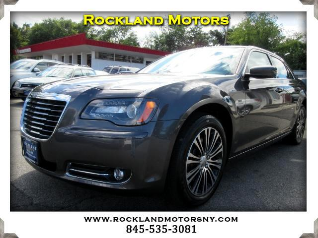 2013 Chrysler 300 DISCLAIMER We make every effort to present information that is accurate However