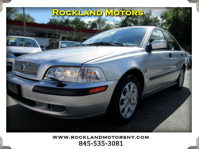 2002 Volvo S40 DISCLAIMER We make every effort to present information that is accurate However it